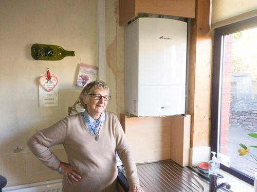 Anne from Oldham and other Greater Manchester residents are benefitting from free central heating installation